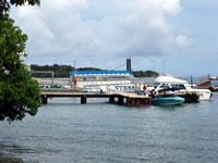 ココス島行き船乗り場