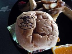 チーズバーガー ジェフズ・パイレーツ・コーブ